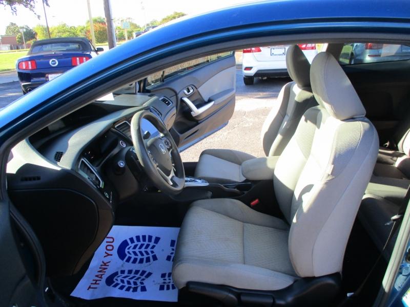 Honda Civic Coupe 2015 price $13,995