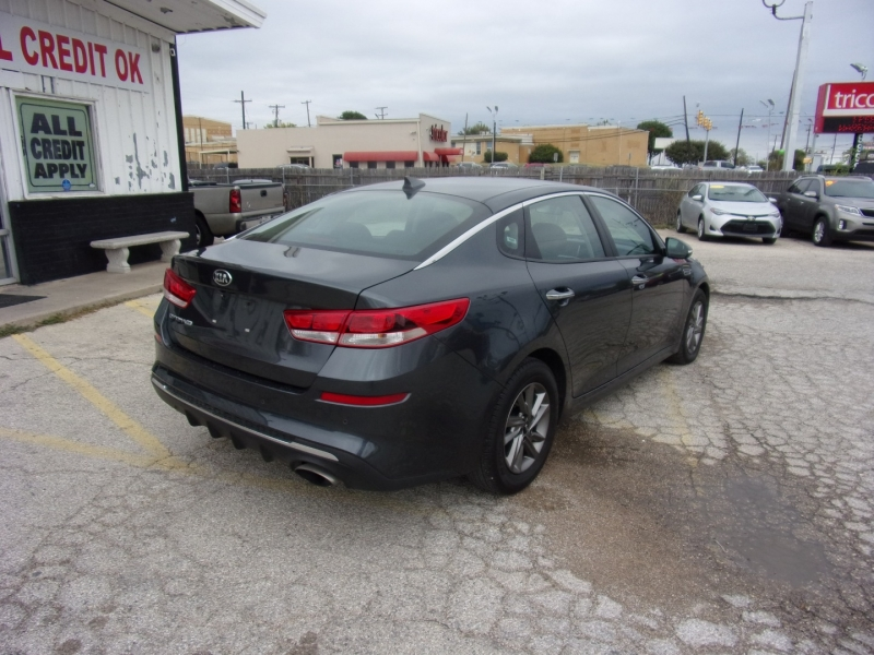 Kia Optima 2020 price $16,500