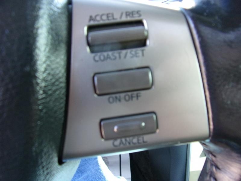 Nissan Maxima 2004 price $3,995