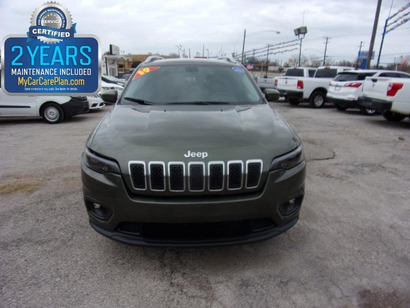Jeep Cherokee 2019 price $15,995