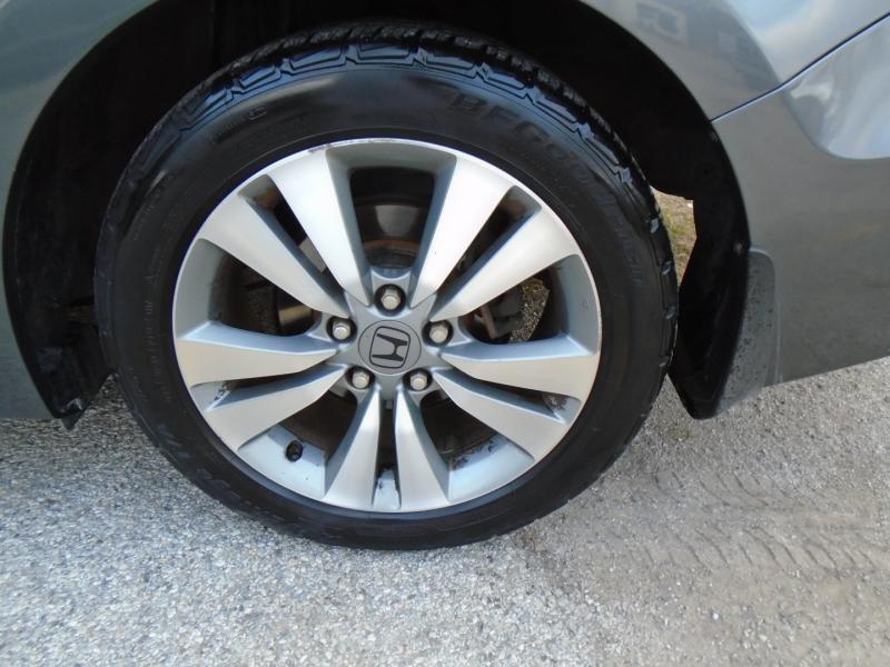 Honda Accord Cpe 2012 price $4,500