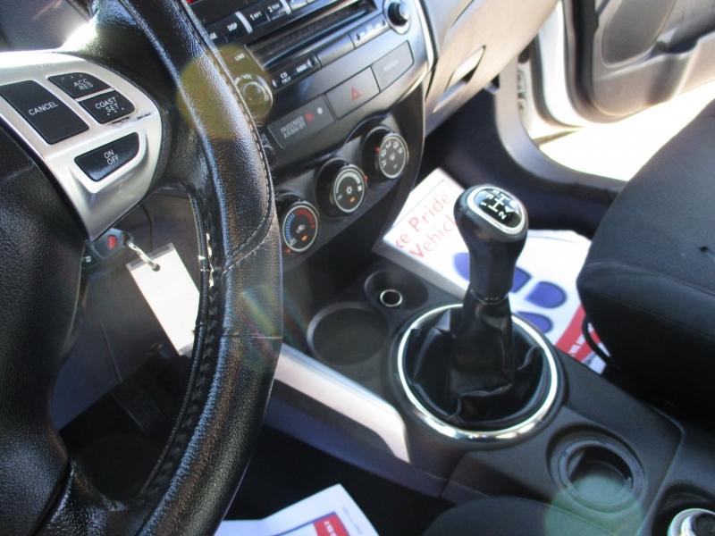 Mitsubishi Outlander Sport 2013 price $5,995
