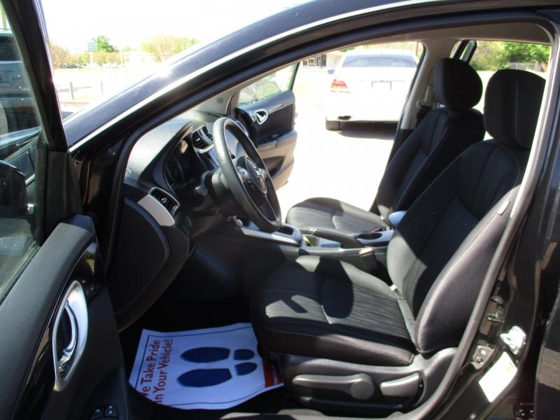 Nissan Sentra 2018 price $15,500