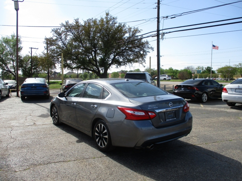 Nissan Altima 2017 price $18,995