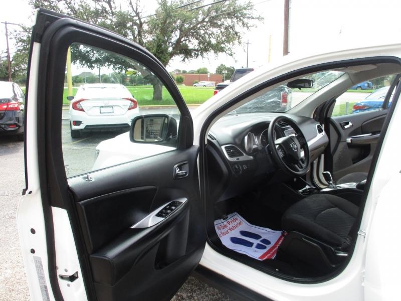 Dodge Journey 2018 price $18,995