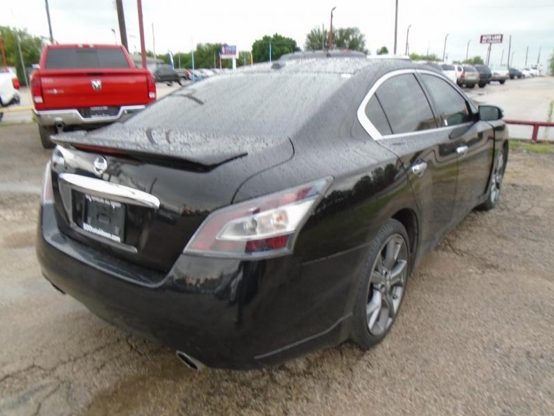 Nissan Maxima 2014 price $14,995