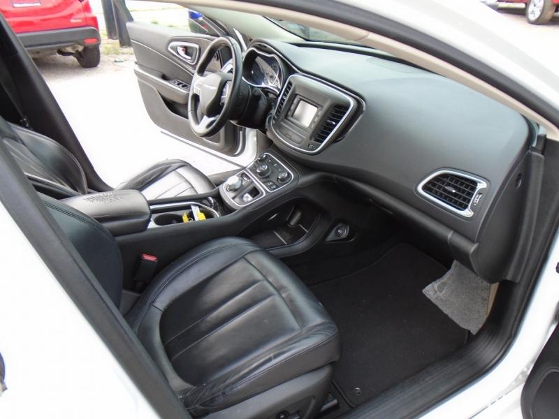 Chrysler 200C 500totaldown.com 2015 price $13,995