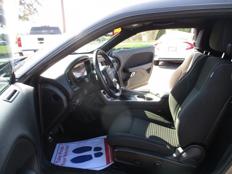Dodge Challenger 2016 price $22,495