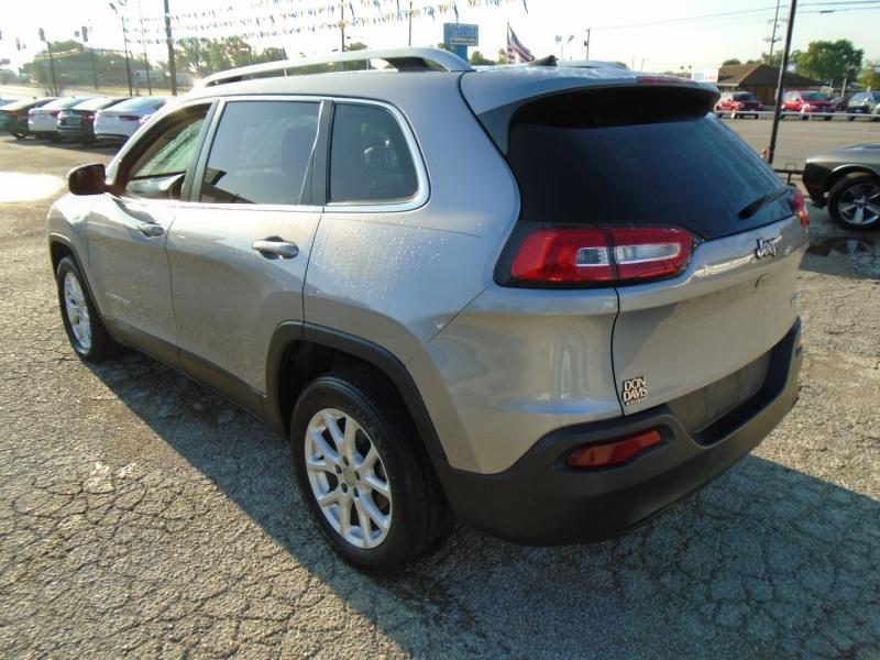 Jeep Cherokee 2018 price $14,995