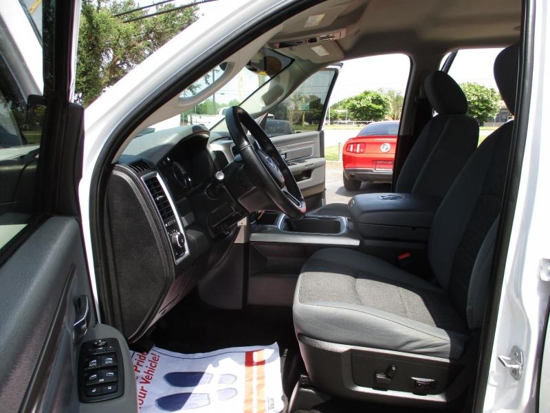 Dodge Ram 1500 2017 price $31,995