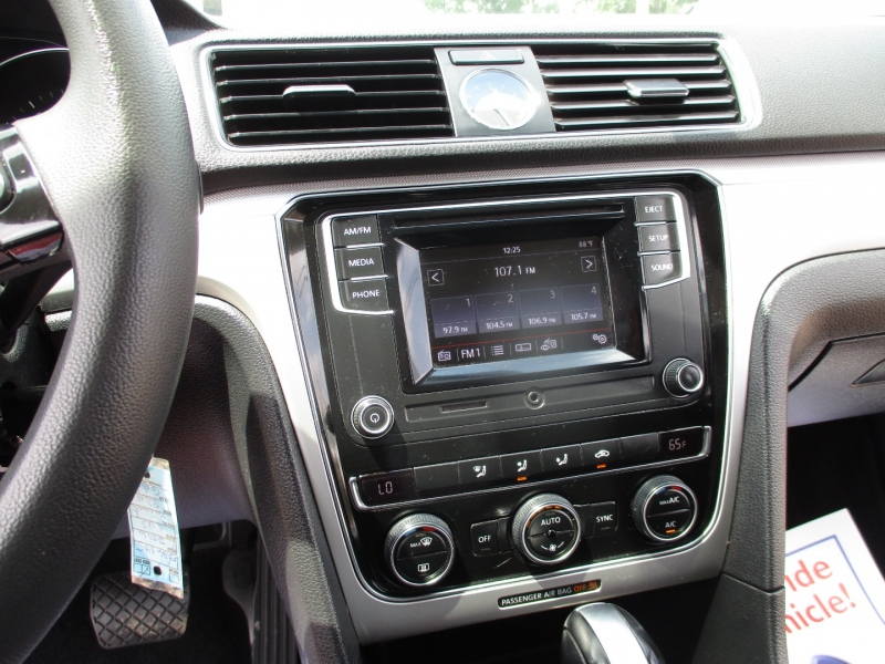 Volkswagen Passat 2016 price $10,995
