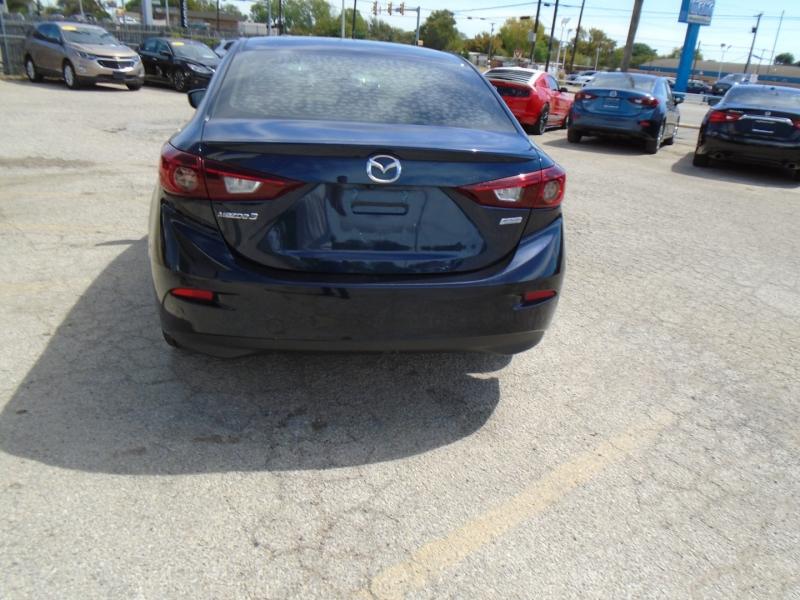Mazda Mazda3 4-Door 2018 price $17,995