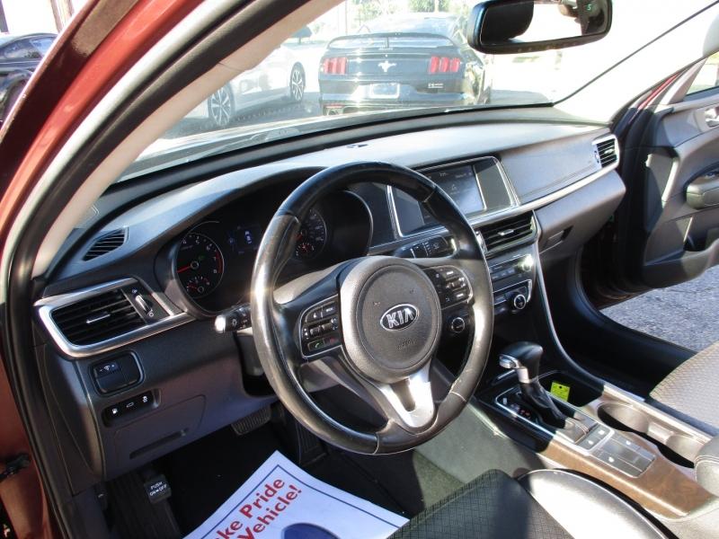 Kia Optima 2017 price $17,995