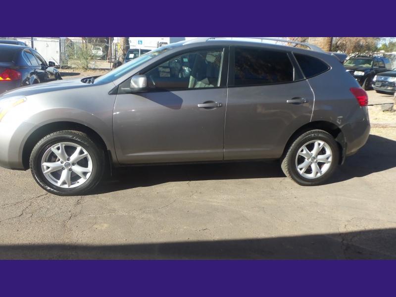 Nissan Rogue 2009 price $7,900
