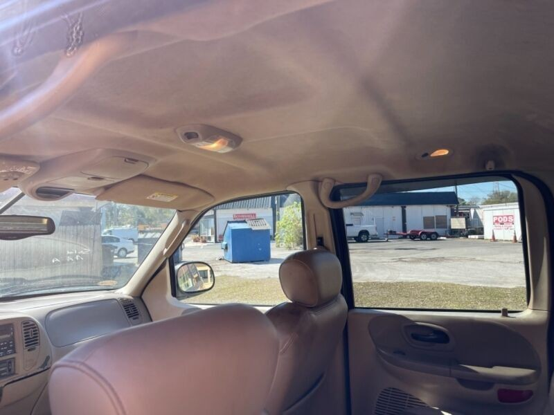 Ford F-150 2003 price $5,495
