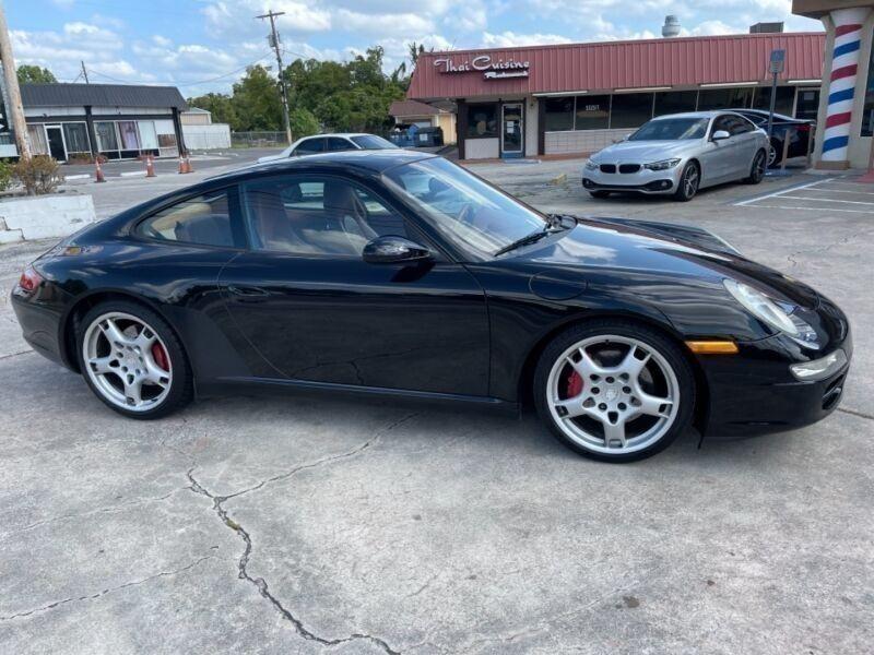 Porsche 911 Carrera S 2005 price $29,900