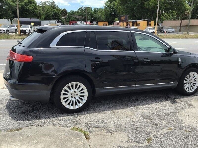 Lincoln MKT 2012 price $4,900