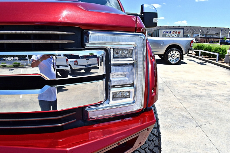 Ford F-250 King Ranch 4X4 Lifted 2017 price $66,900