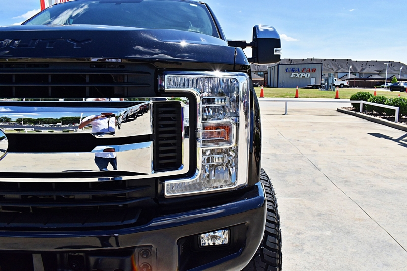 Ford F-250 XLT 4X4 Lifted 2019 price $60,900