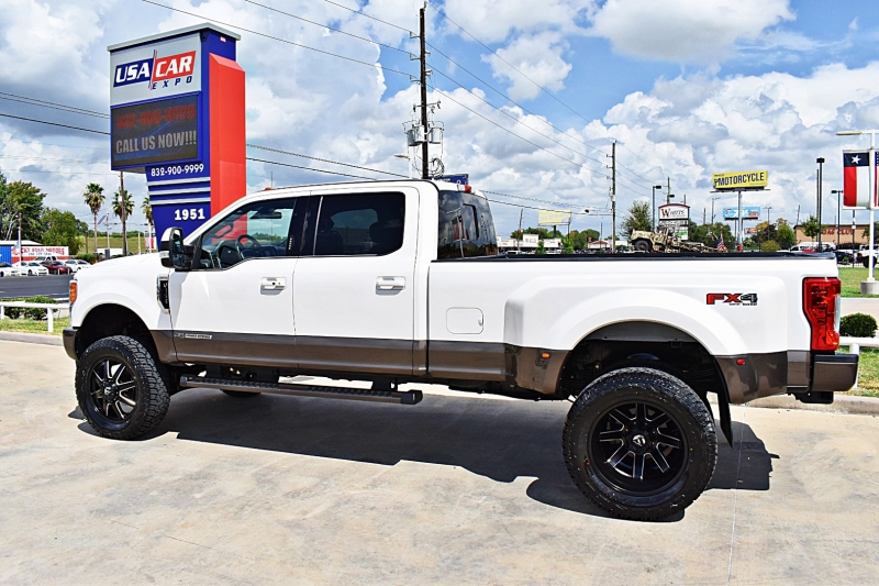 Ford F-350 King Ranch 4X4 Dually Lifted Lifted 2017 price $67,850