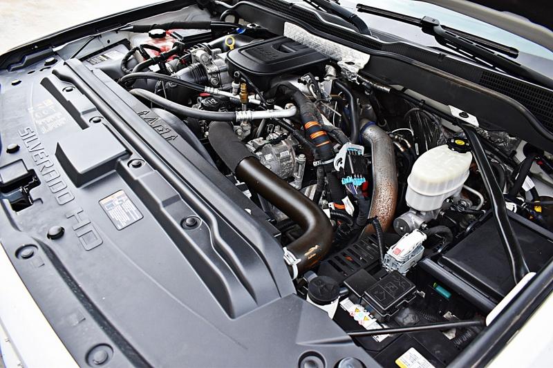 Chevrolet Silverado 2500HD High Country 4X4 2015 price $52,850