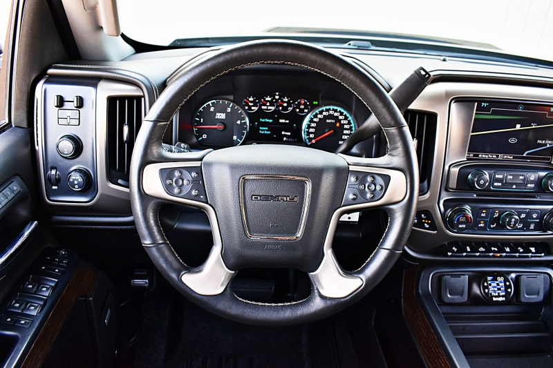 GMC Sierra 2500HD 2018 price $61,850