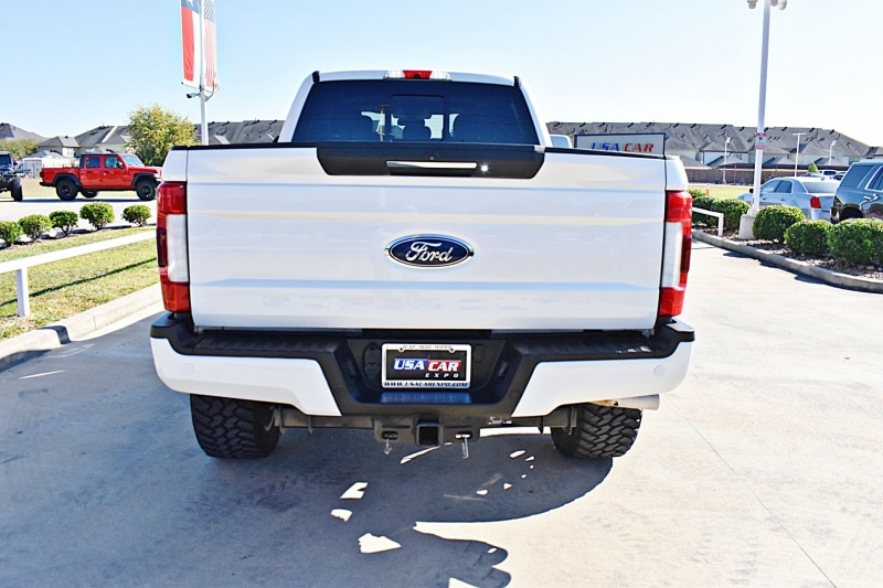 Ford F-250 Lariat 4X4 Lifted 6.7L 2019 price $62,850