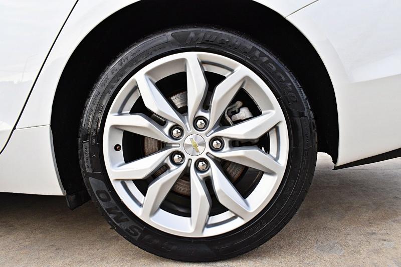 Chevrolet Impala 2016 price $15,750