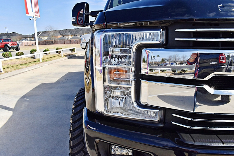 Ford F-250 Lariat 4X4 Lifted 6.7L 2018 price $59,900