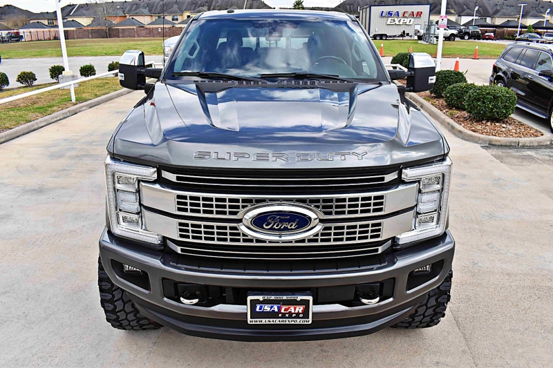 Ford F-250 Platinum 4X4 Lifted 6.7L 2018 price $71,850