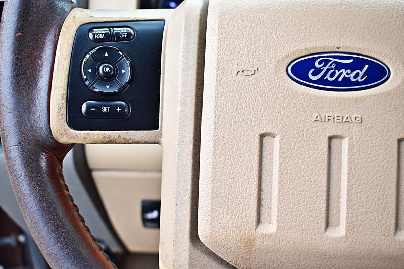 Ford Super Duty F-350 SRW 2011 price $20,900