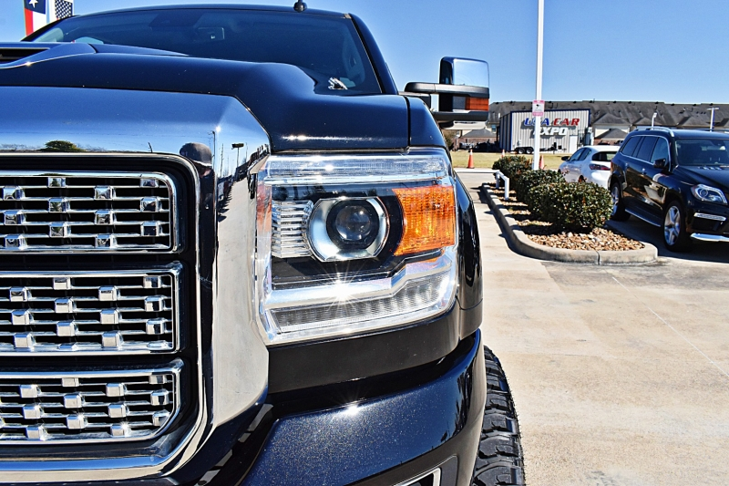 GMC Sierra 2500HD 2019 price $67,850