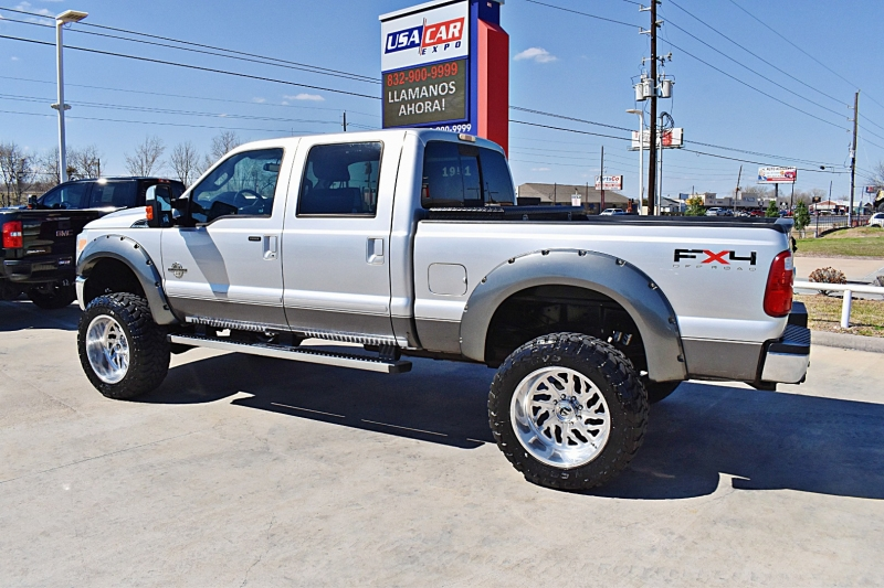 Ford F-250 Lariat 4X4 Lifted 6.7L 2011 price $40,900