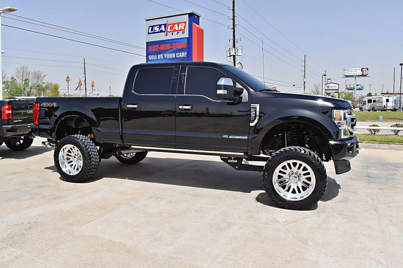 Ford F-250 Platinum 4X4 Lifted 6.7L 2020 price $82,750