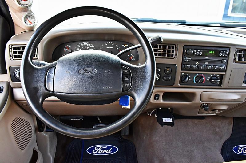 Ford Super Duty F-350 DRW 2004 price $21,850