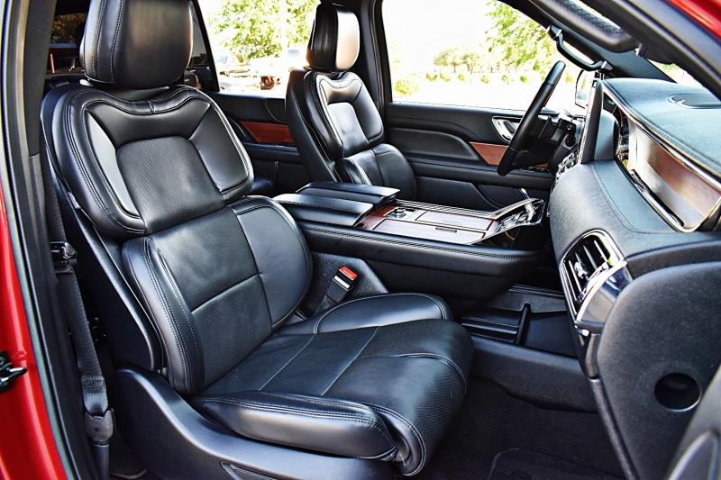 Lincoln Navigator 2020 price $63,850