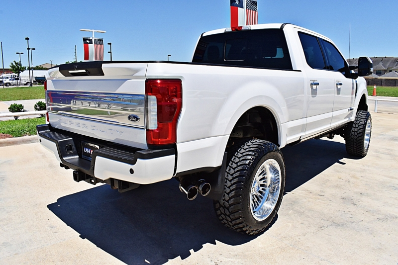 Ford F-250 Limited 4X4 Lifted 6.7L 2018 price $79,900