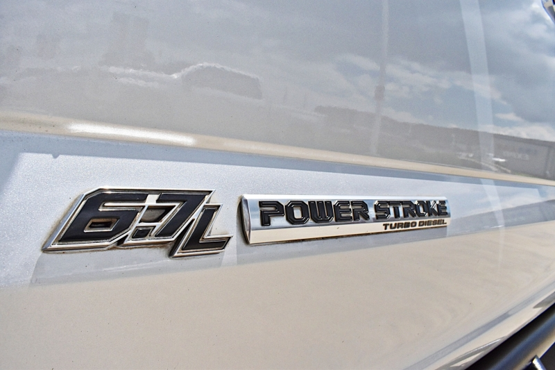 Ford Super Duty F-250 2017 price $62,900