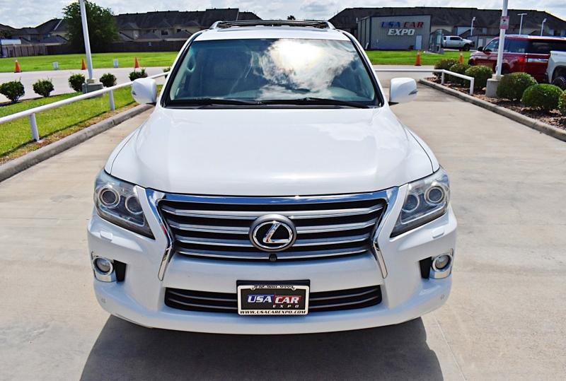 Lexus LX 570 2013 price $35,900