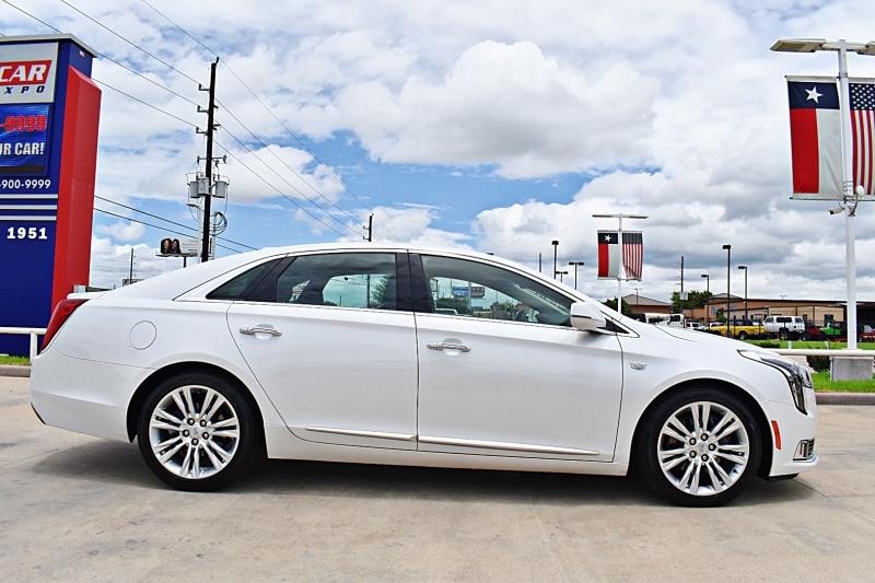 Cadillac XTS 2019 price $30,900