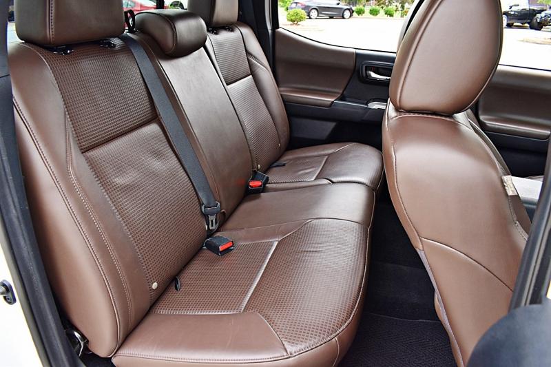 Toyota Tacoma 2016 price $27,900