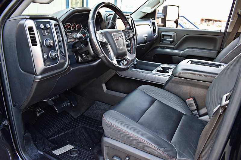 GMC Sierra 2500HD 2018 price $67,900