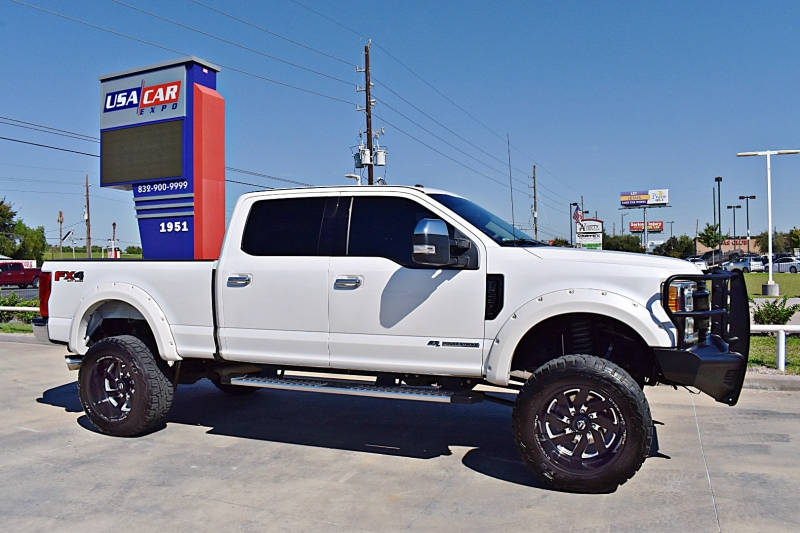 Ford F-250 Lariat 4X4 Lifted 6.7L 2017 price $64,900