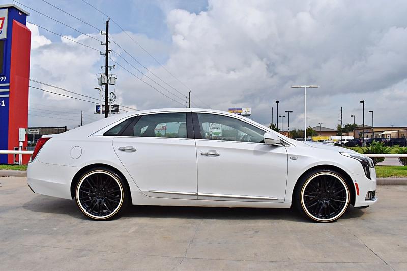 Cadillac XTS 2018 price $30,900