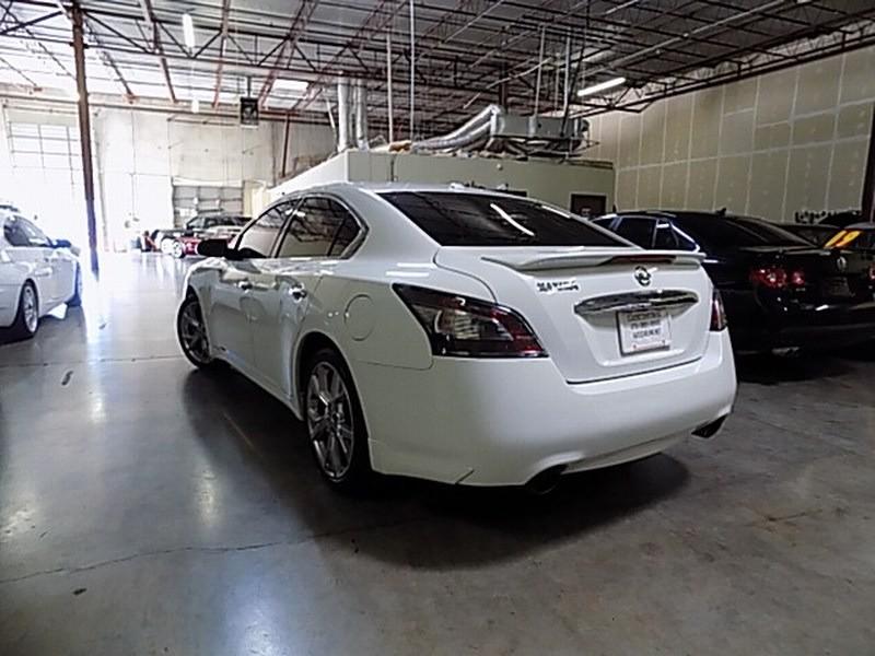Nissan Maxima 2012 price $9,995