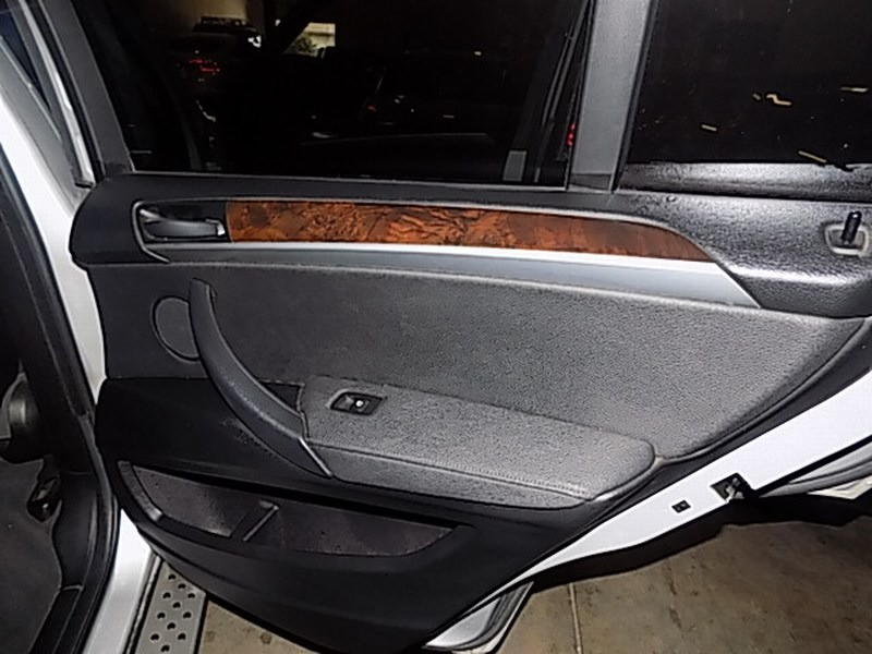 BMW X5 2009 price $8,995