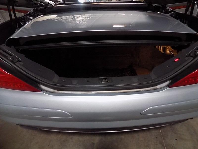 Mercedes-Benz SL-Class 2006 price $11,495