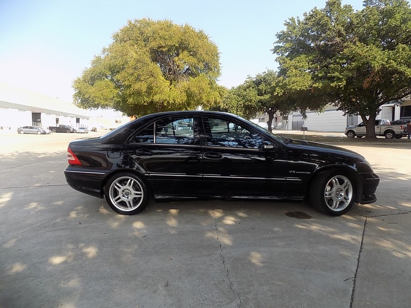 Mercedes-Benz C32 AMG 2002 price $5,995