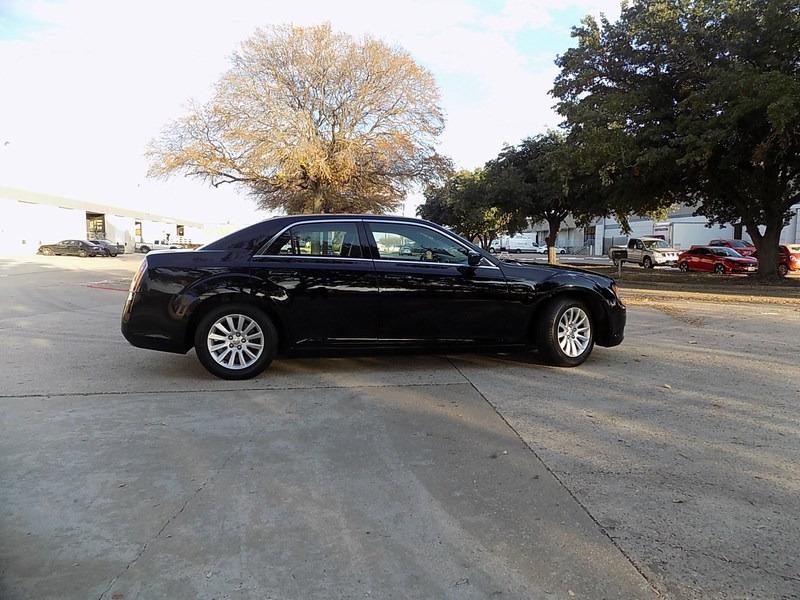 Chrysler 300 TOURING 2013 price $11,995