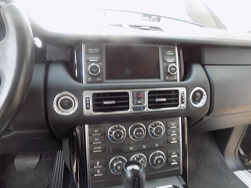 Land Rover Range Rover 2012 price $16,995